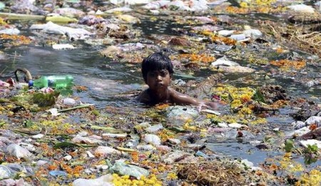 contaminacion agua india